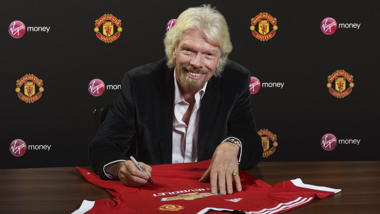 А кроме денег за победу в финале «Юнайтед» вполне может найти и новых спонсоров (на фото - основатель Virgin Group Ричард Брэнсон)