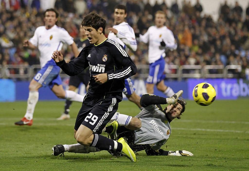 Первый матч Мораты в основной команде против «Сарагосы»