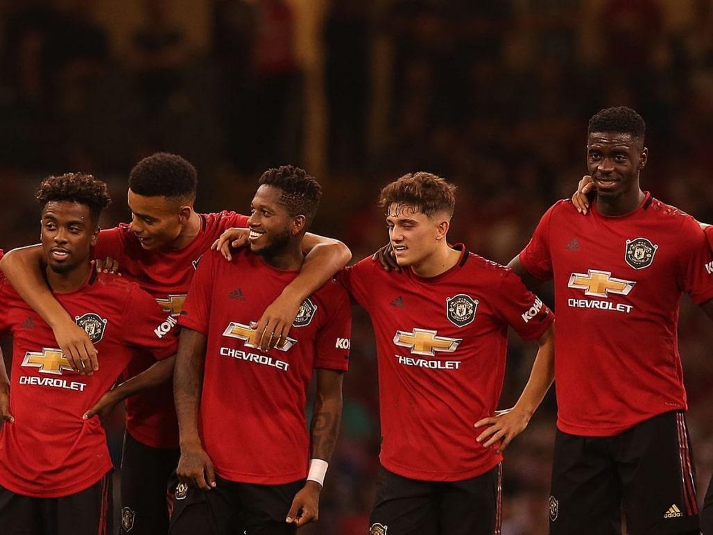 Манчестер юнайтед чистка команди